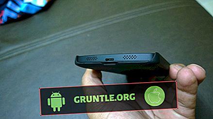 Das gelöste LG V20-Display weist weiße Linien auf